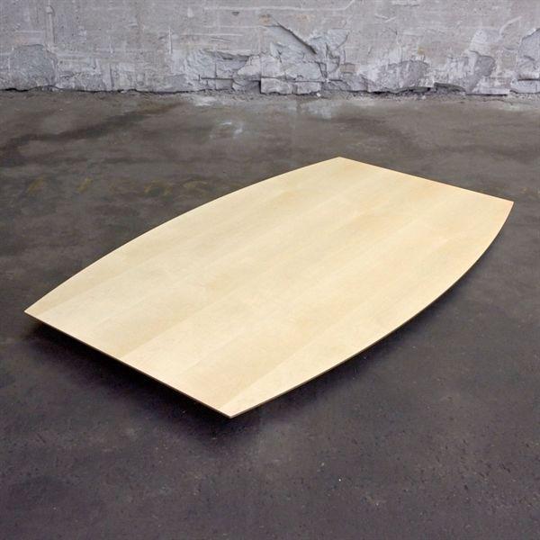 Bordplade i ahorn, bådformet.180 x 110 cm.