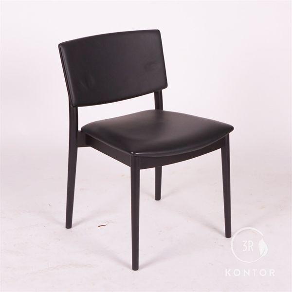 Image of   Andreu World, mødestol, Sort læder, sort træ.