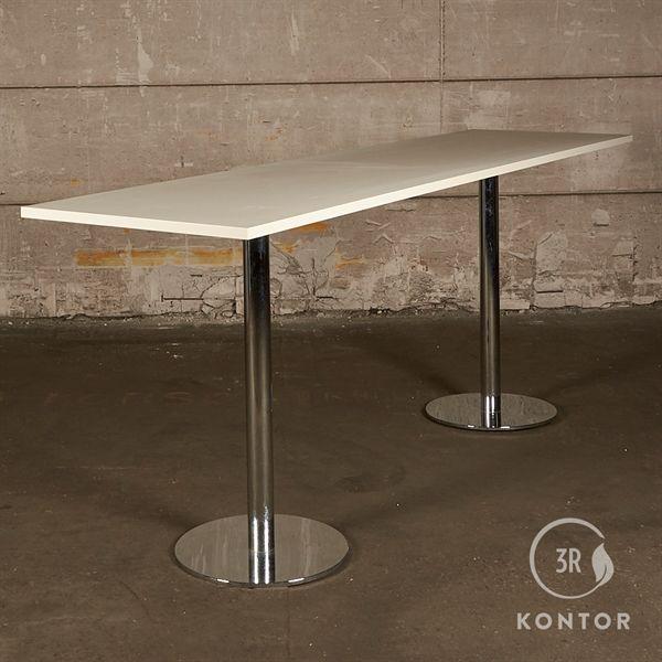 Cafébord. Hvid laminat, lige kant, krom søjler, 285x70