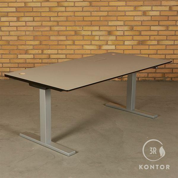 Hæve sænkebord. grøn/grålig linoleum. gråt stel. 160x80