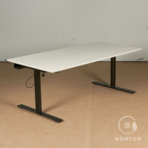 Image of   Hæve sænkebord, hvid laminat, sort stel. 160x80