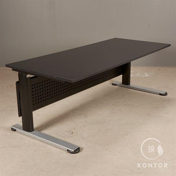 Image of   Hæve sænkebord. Sort rektangulær - sort og grå stel - 180x80