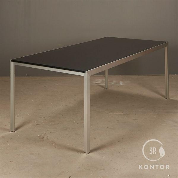 HAY Tango konferencebord. Sort top på alu stel. 190x95 - NY