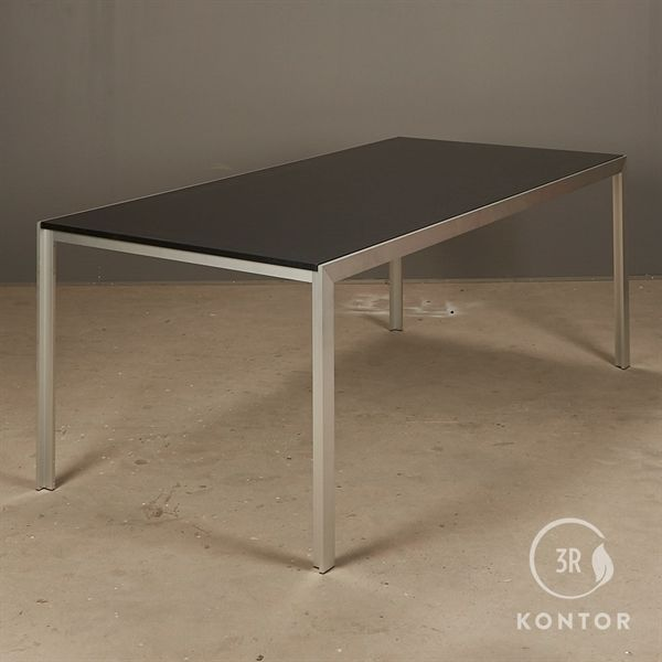 Image of   HAY Tango konferencebord. Sort top på alu stel. 190x95 - NY