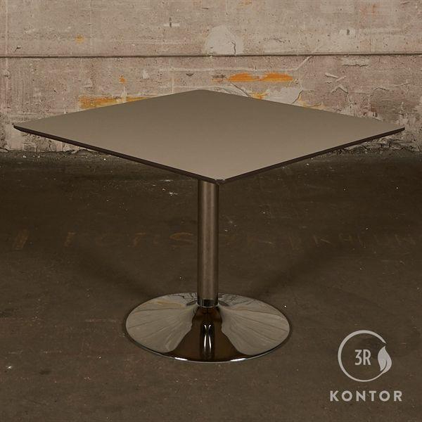 Kantinebord. Grå/grøn linoleum, sort kant, krom søjle, 100x100