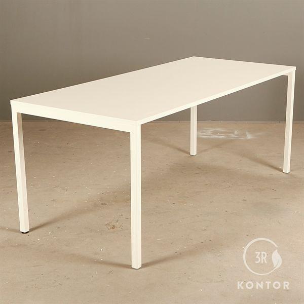 Image of   Kantinebord. Hvid plade, hvidt stel med 4 ben. 180x80