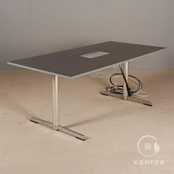 Konferencebord. grå med skjulte stik. 180x90