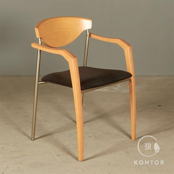 Konferencestol, bøgestel og ryg, polstret sæde.