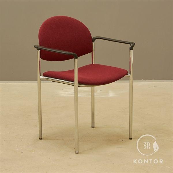 Image of   Konferencestol. Rødt stof, krom stel.