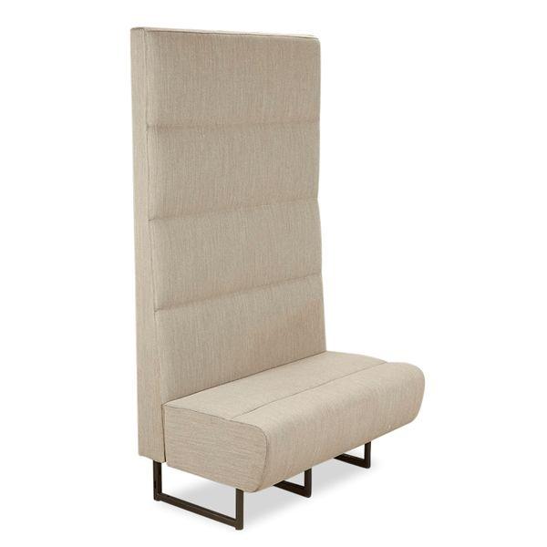 Pedrali lounge sofa i gråt stof, høj ryg.