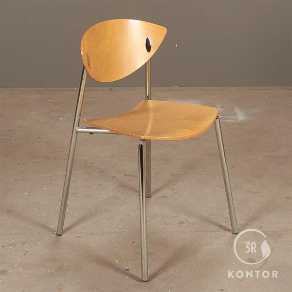 Image of   Randers + Radius Must stol. Ahorn og krom.