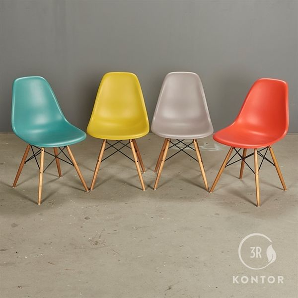 Image of   Vitra Eames Plastic Chair, forskellige farver - 4 stk.